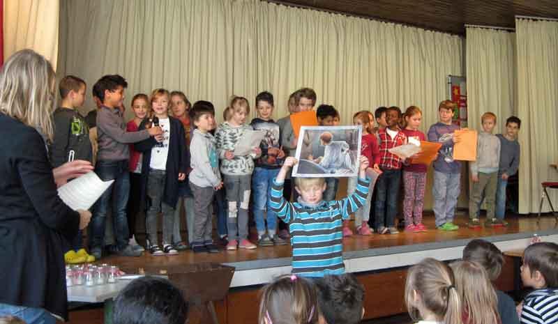 Grundschule Weihnachtsfeier.Anton Braun Grundschule Möhringenweihnachtsfeier 2016 Anton Braun